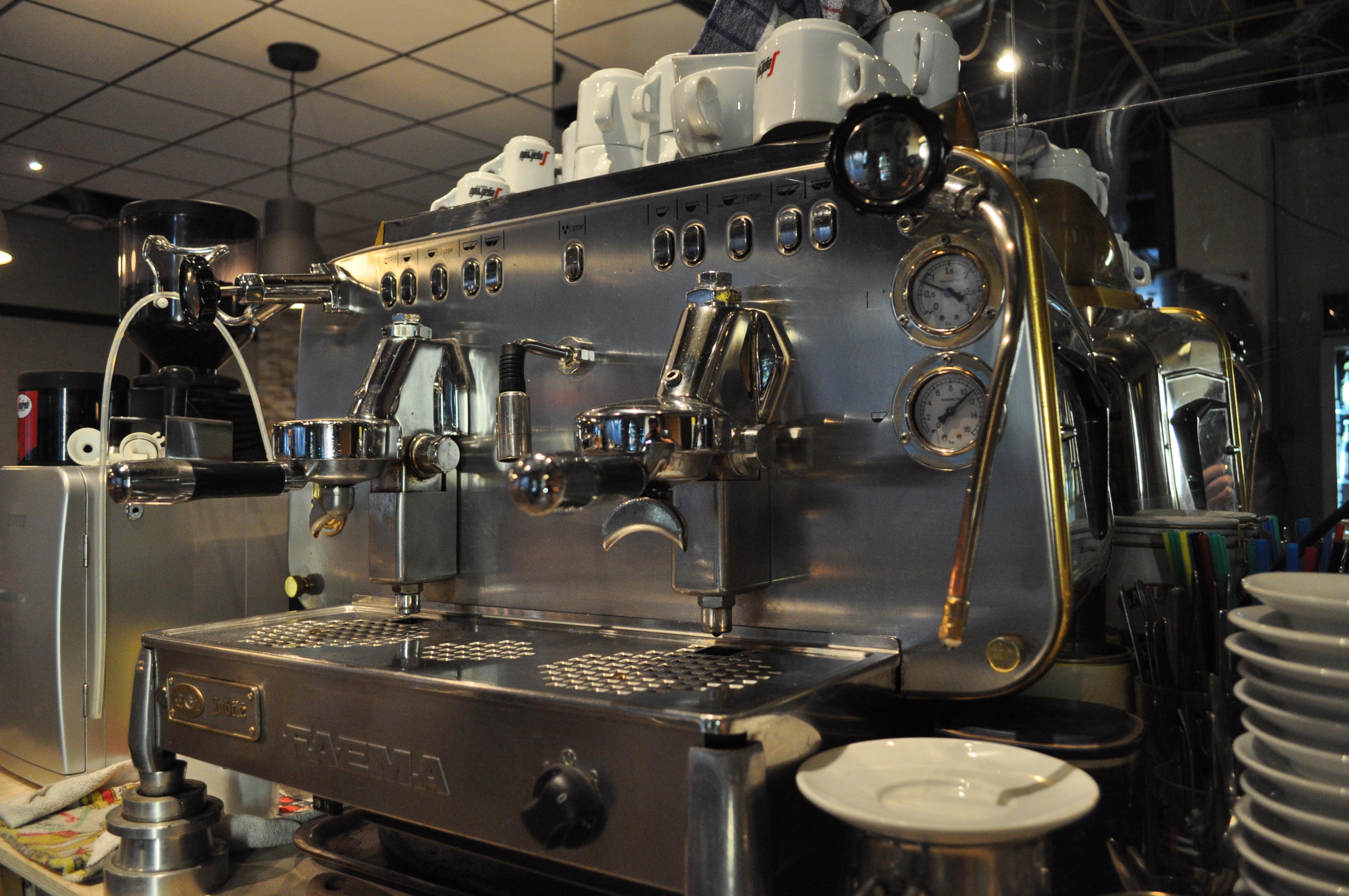 cafe 39 kaffeem hle der beste kaffee in bad sch nborn. Black Bedroom Furniture Sets. Home Design Ideas